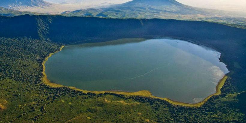 Ngorongoro Crater – Arusha/JRO